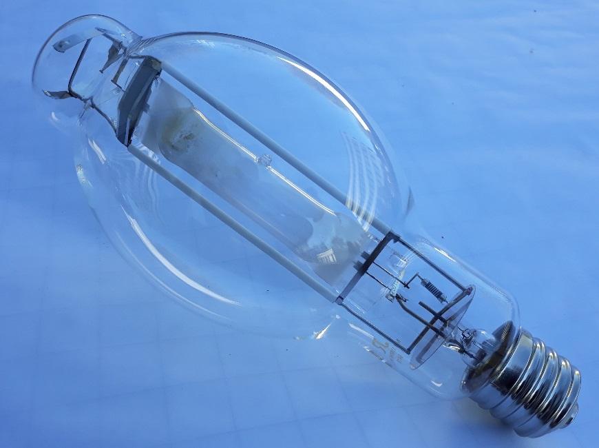 Лампа металлогалогеновая